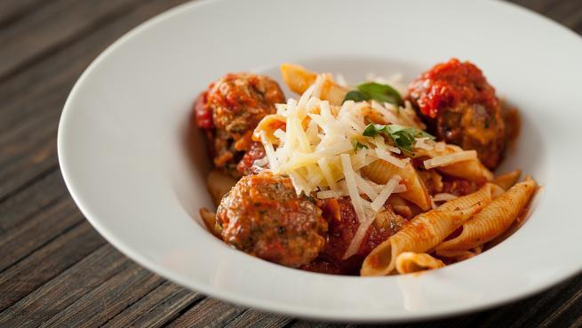 boulettes-de-viande-a-l-italienne-en-sauce-tomate_1446746833_655x369
